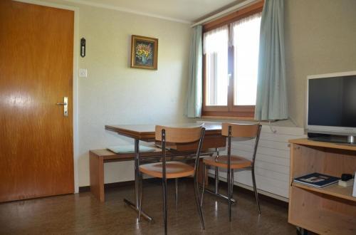 07-Wohnzimmer